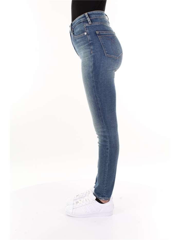 size 40 6badb 07b8f Calvin Klein Jeans Jeans Donna Lav. medio | Mxm Fashion
